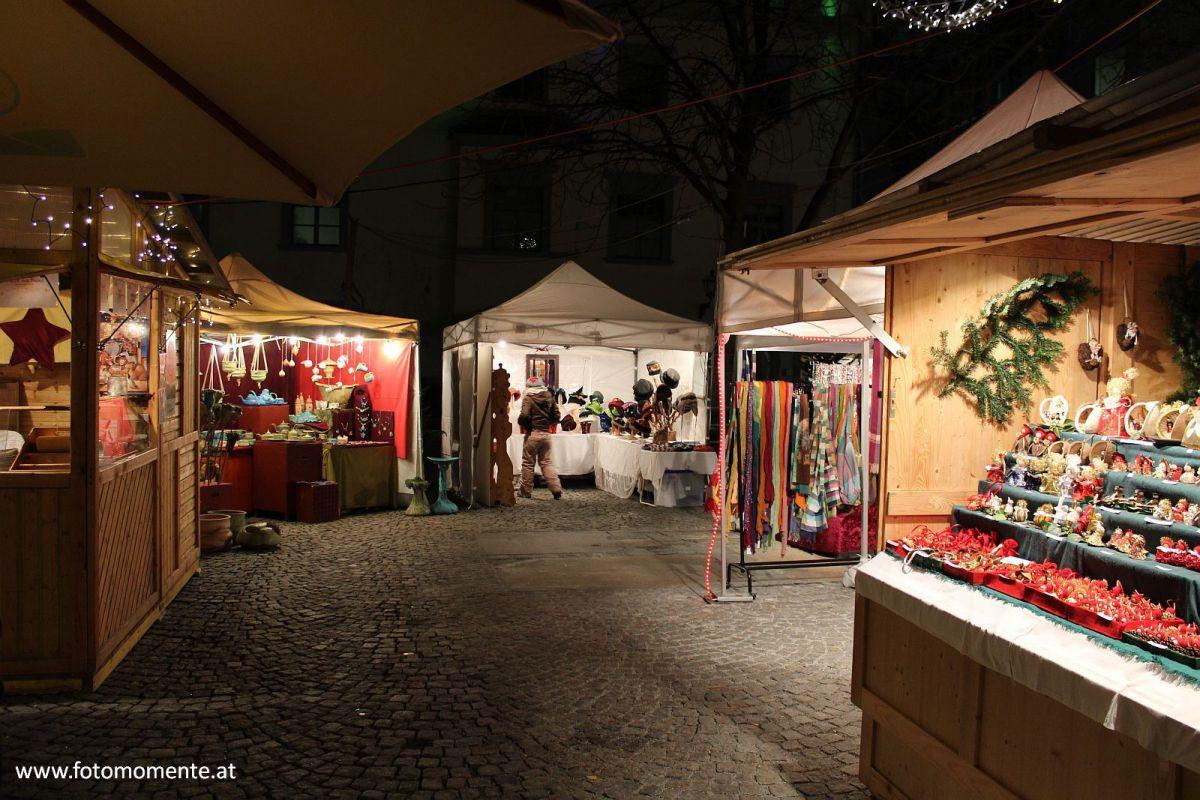 adventmark-mehlplatz-graz-nacht