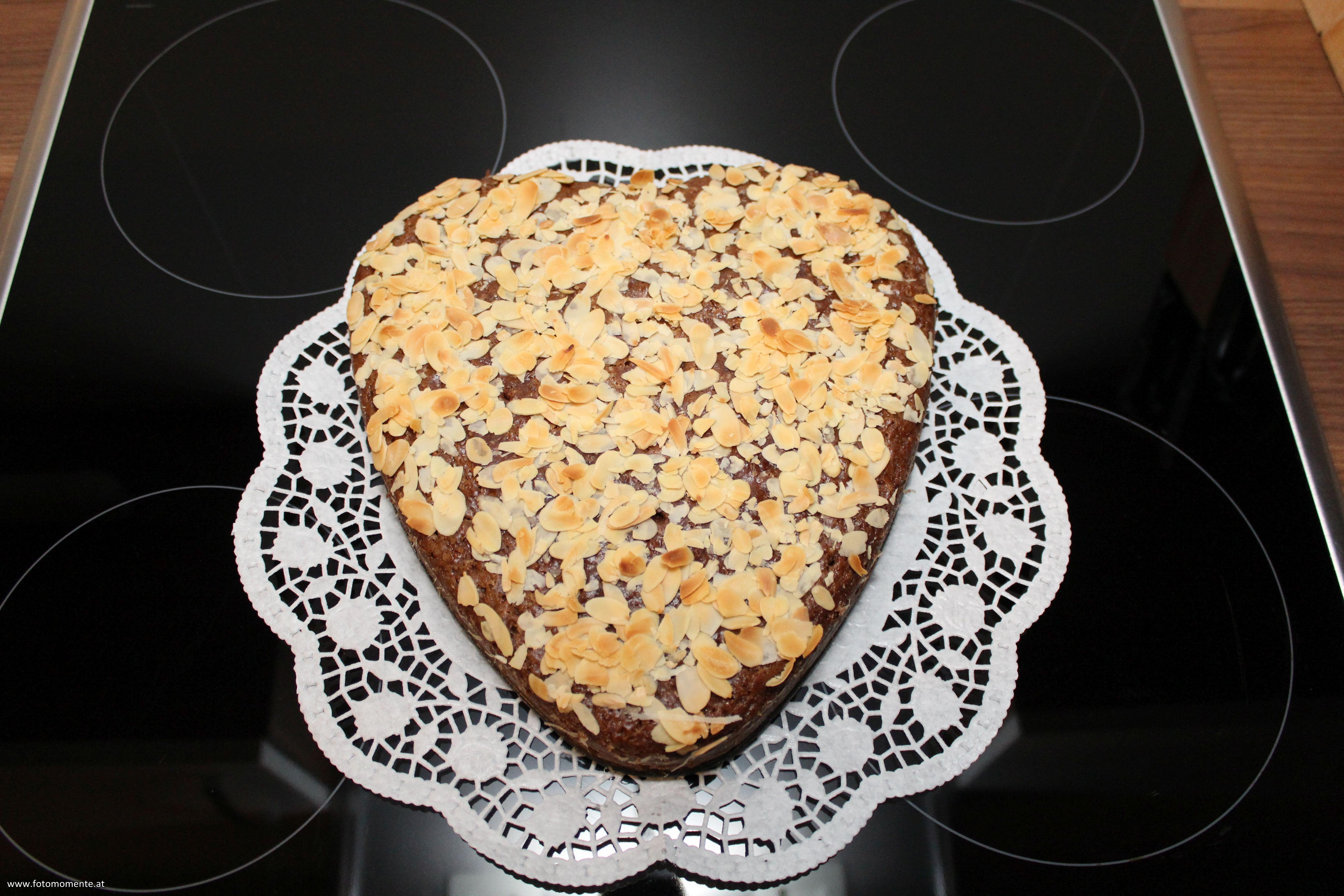 veganer muttertagskuchen - Veganer Karottenkuchen für den Muttertag