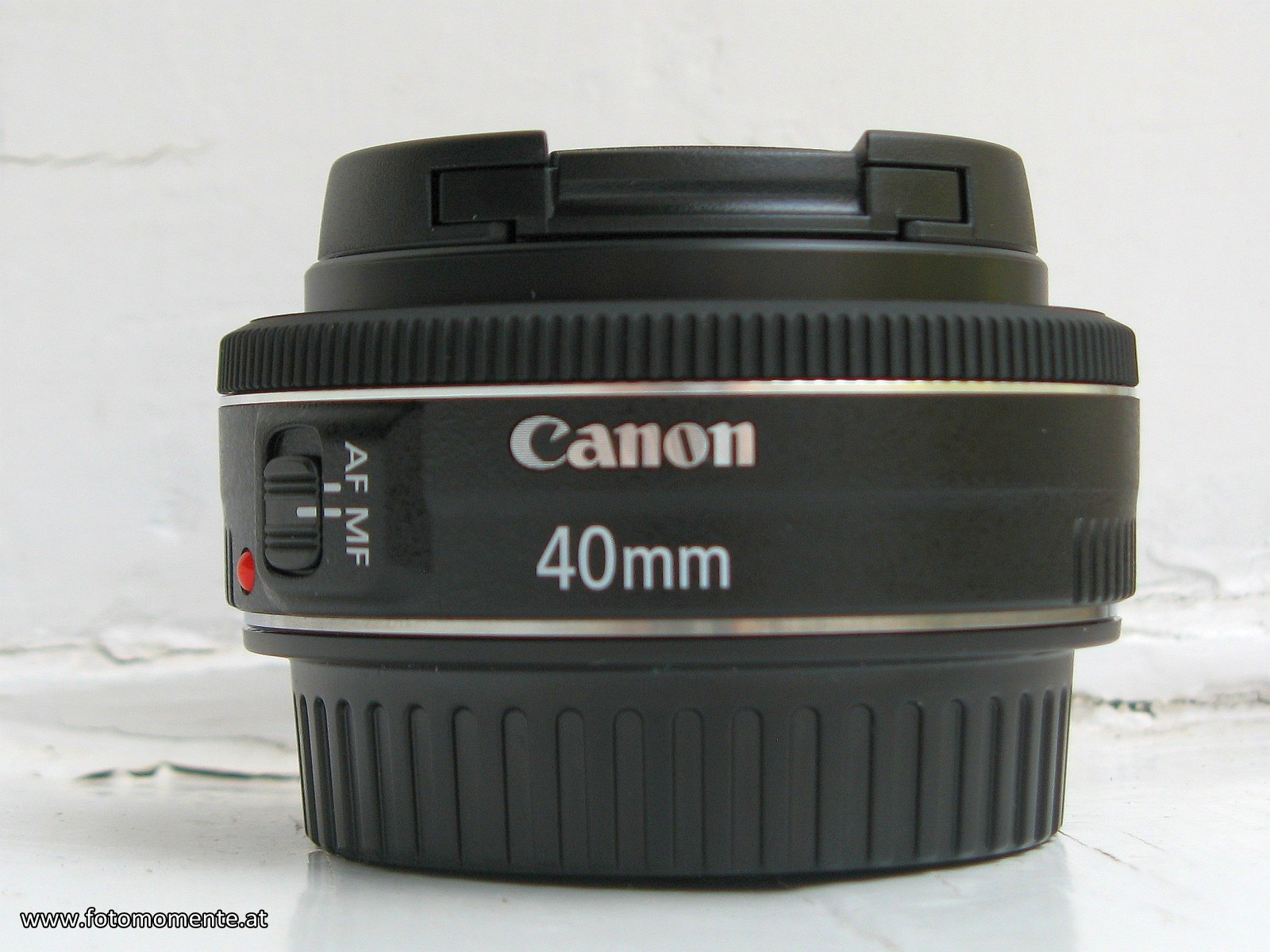 canon_40mm_f2_8_stm
