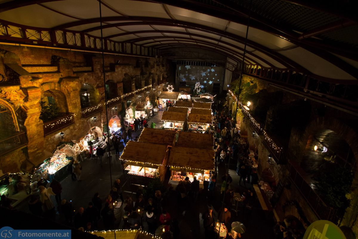 Weihnachtsmarkt in den Kasematten von oben 2