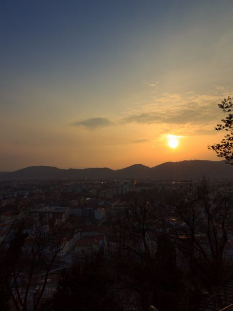 Timelapse Sonnenuntergang Graz 480x640 - Graz - Timelapse vom Sonnenuntergang am Schlossberg am 21.3.2015