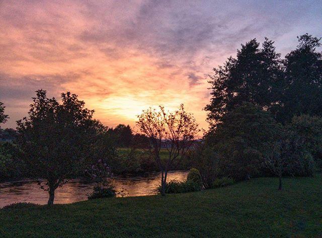 21227877 612700605520915 2788259070249795584 n - Sonnenuntergang mit leichter Färbung - Graz - Instagram